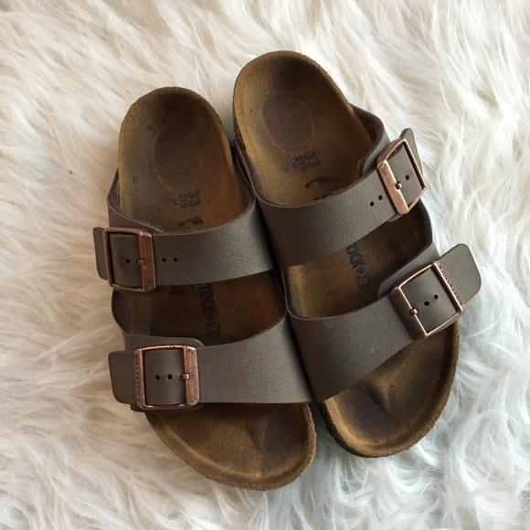 Birkenstock Kid's Arizona sandal size 33